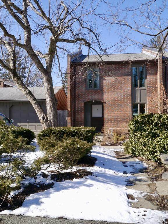 9 Webster Ct #9, Amherst, MA 01002 (MLS #72619980) :: Parrott Realty Group