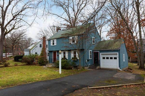 30 Hunnewell St, Needham, MA 02494 (MLS #72621360) :: The Gillach Group
