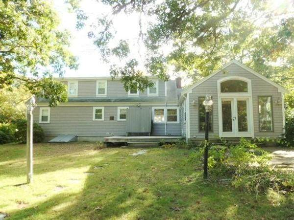133 N Main St, Yarmouth, MA 02664 (MLS #72621412) :: The Duffy Home Selling Team