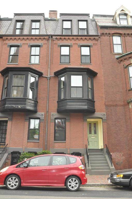 160 Mt Vernon St, Boston, MA 02108 (MLS #72623302) :: Charlesgate Realty Group