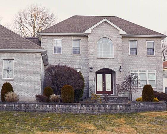 130 Fox Ridge Drive, Cranston, RI 02021 (MLS #72623416) :: RE/MAX Vantage