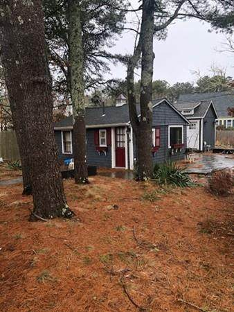 699 Willow St, Yarmouth, MA 02664 (MLS #72625557) :: Spectrum Real Estate Consultants