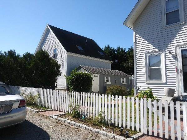 24 Shawmut Ave, Oak Bluffs, MA 02557 (MLS #72632585) :: EXIT Cape Realty