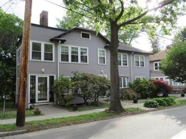 34 Beaconsfield Rd #1, Brookline, MA 02445 (MLS #72638859) :: Parrott Realty Group