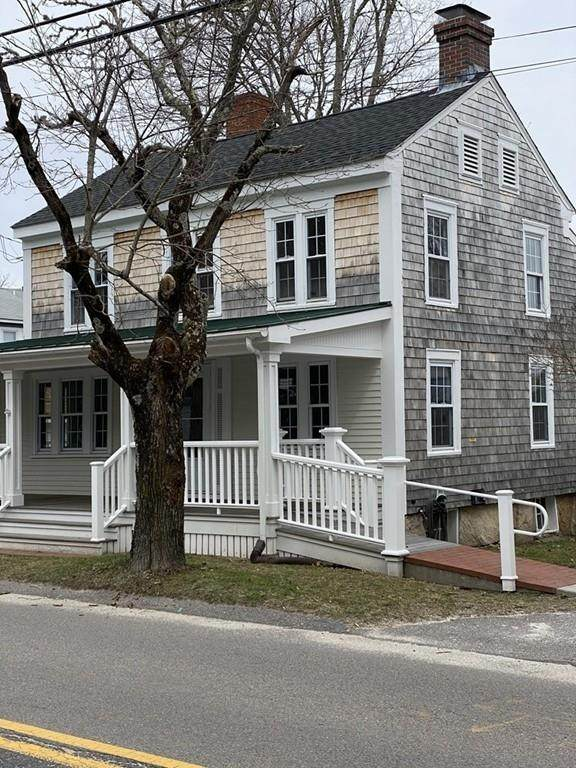 325 Front St, Marion, MA 02738 (MLS #72639963) :: RE/MAX Vantage