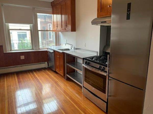 9 Thacher Court #4, Boston, MA 02113 (MLS #72640040) :: Anytime Realty