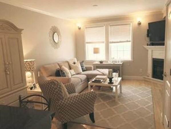 181 K St #1, Boston, MA 02127 (MLS #72641153) :: Kinlin Grover Real Estate