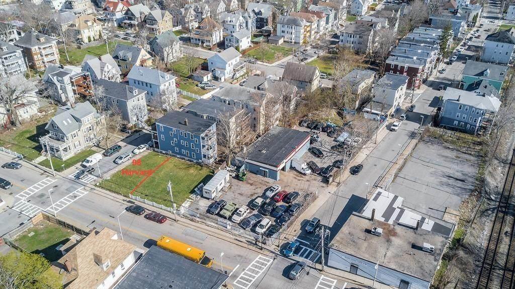 98 Harvard St - Photo 1