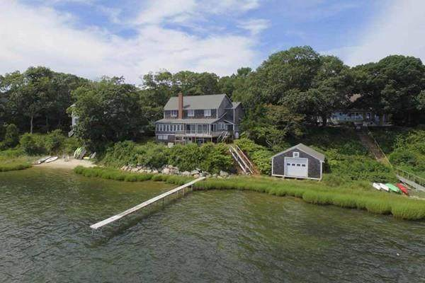 44 Waquoit Landing Rd, Falmouth, MA 02536 (MLS #72653536) :: The Gillach Group