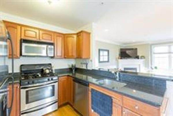 110 Chestnut Street - Photo 1