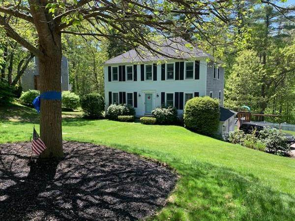 15 Planting Field Rd, Marshfield, MA 02050 (MLS #72663729) :: Spectrum Real Estate Consultants