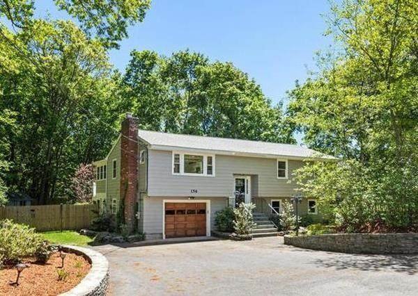 156 Concord Road, Bedford, MA 01730 (MLS #72664215) :: Maloney Properties Real Estate Brokerage