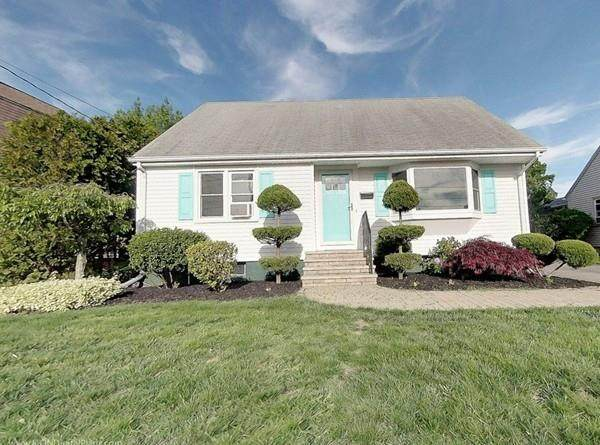 32 Gerald Street, East Providence, RI 02915 (MLS #72664234) :: Spectrum Real Estate Consultants