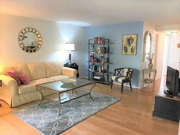 13 Beals Cove Rd B, Hingham, MA 02043 (MLS #72664584) :: Kinlin Grover Real Estate