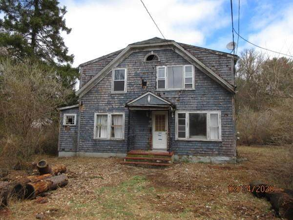 1002 State Rd, Westport, MA 02790 (MLS #72664610) :: The Duffy Home Selling Team