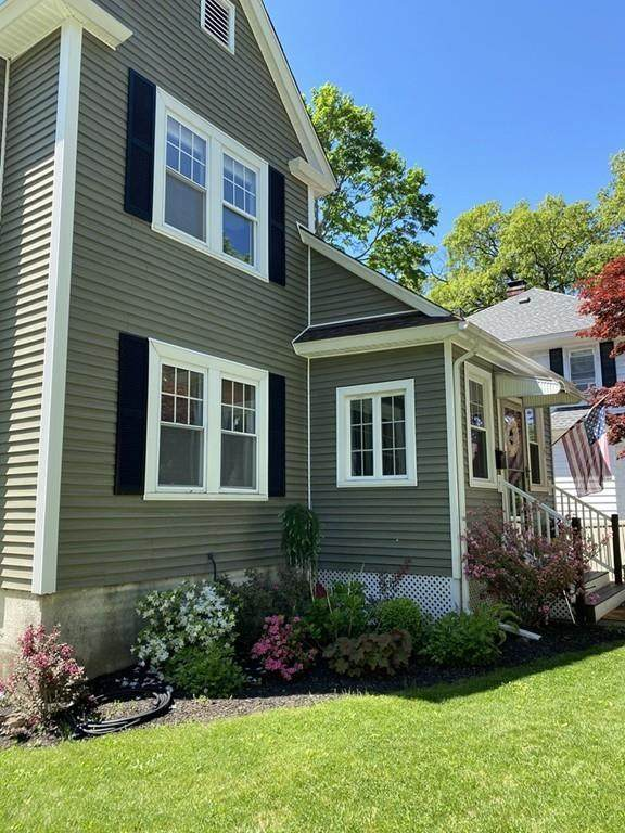 38 Brownell St, Worcester, MA 01602 (MLS #72664822) :: The Gillach Group