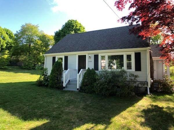 364 Myrtle St, Hanover, MA 02339 (MLS #72665150) :: Maloney Properties Real Estate Brokerage