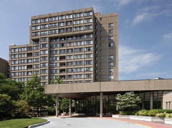 250 Hammond Pond Pkwy 609N, Newton, MA 02467 (MLS #72666014) :: The Duffy Home Selling Team