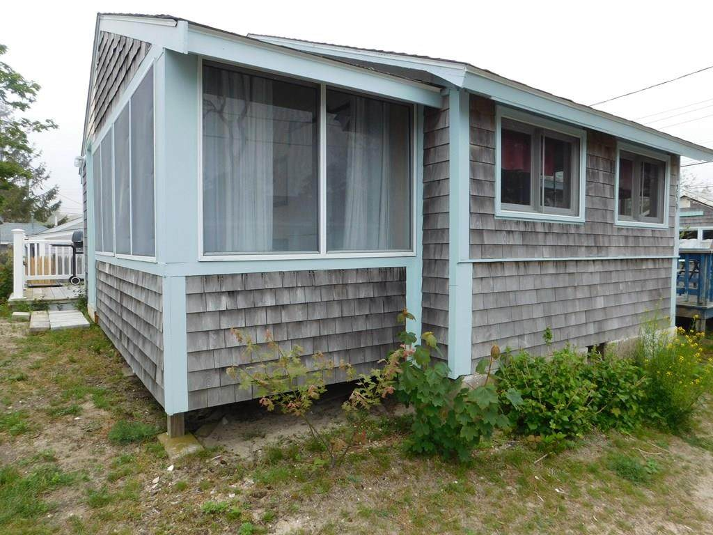 230 Old Wharf (250 N. Ocean Grove) - Photo 1
