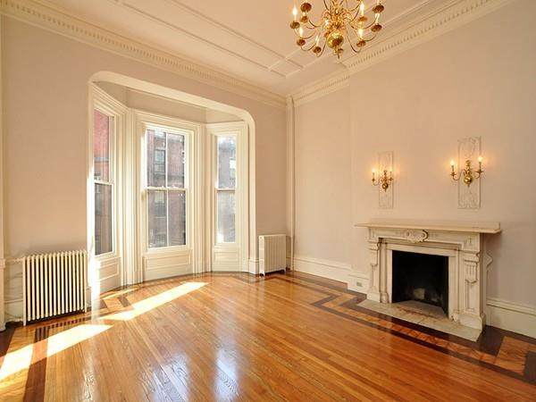 171 Beacon Street - Photo 1
