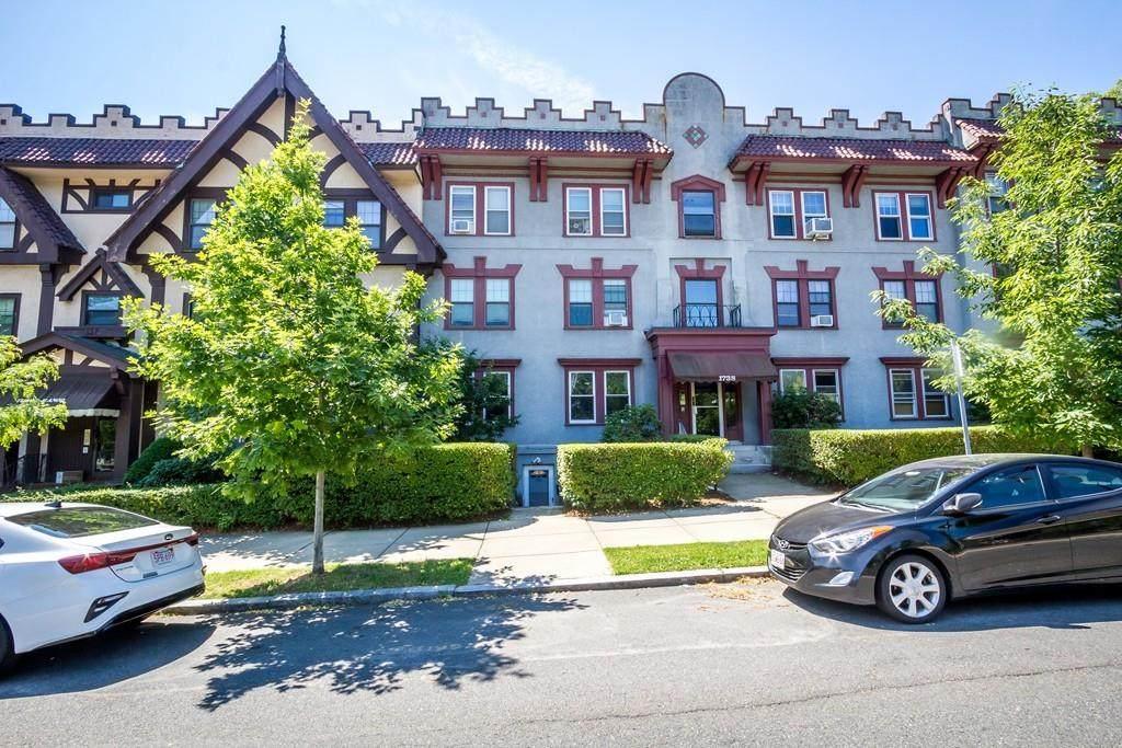 1736 Commonwealth Ave - Photo 1