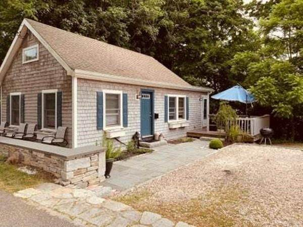 611 Main Street, Barnstable, MA 02632 (MLS #72680605) :: Welchman Real Estate Group