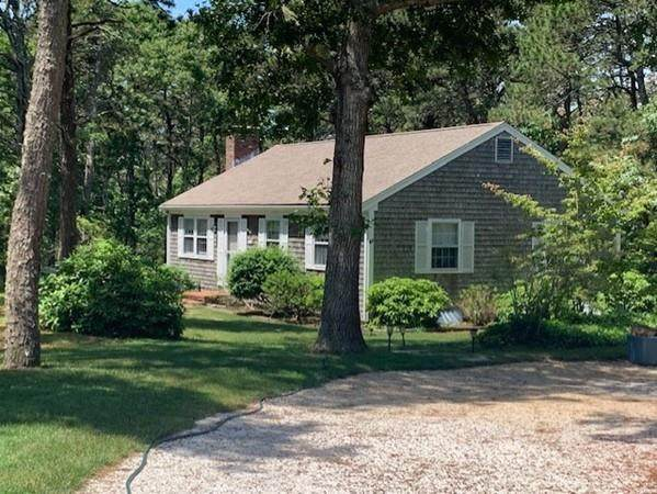 21 Songbird Ln, Chatham, MA 02659 (MLS #72685093) :: Spectrum Real Estate Consultants