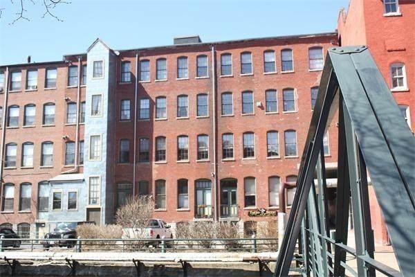 58 Prescott #3, Lowell, MA 01852 (MLS #72685490) :: Westcott Properties