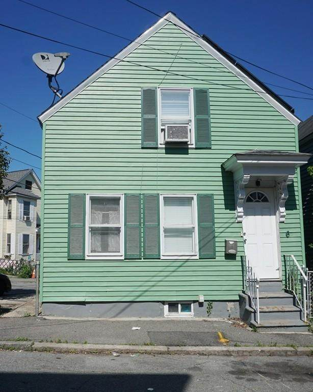 6 Cedar St, Lowell, MA 01852 (MLS #72687222) :: RE/MAX Vantage