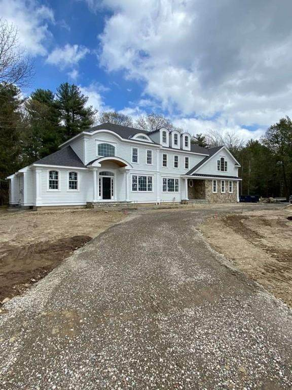 7 Canterbury Lane, Needham, MA 02492 (MLS #72688628) :: The Gillach Group