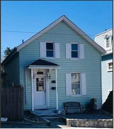 329 Walnut, Fall River, MA 02720 (MLS #72689670) :: Westcott Properties