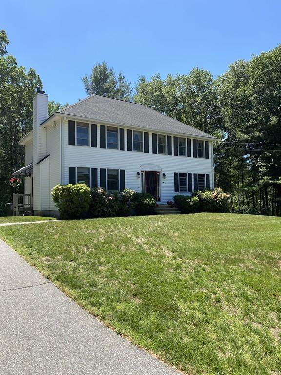 40 Indian Hill Rd, Dracut, MA 01826 (MLS #72690635) :: EXIT Cape Realty