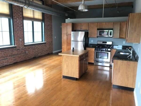 160 Fremont St #304, Worcester, MA 01603 (MLS #72690940) :: Westcott Properties