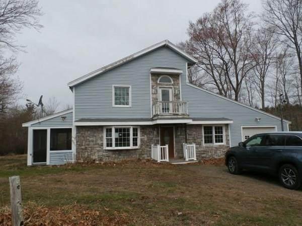 410 Woodbine Ave, Hanson, MA 02341 (MLS #72691226) :: Westcott Properties