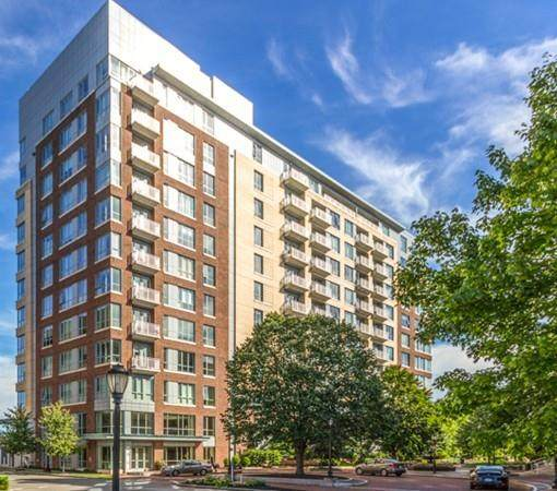 100 Station Landing #906, Medford, MA 02155 (MLS #72695131) :: Anytime Realty