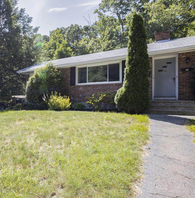 44 Nelson Dr - Photo 1