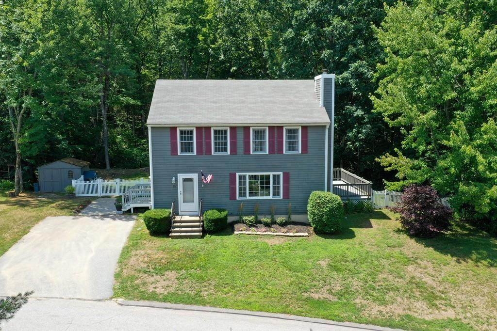 15 Crabtree Ln - Photo 1