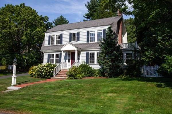 11 Riverdale Rd, Wellesley, MA 02481 (MLS #72700562) :: Berkshire Hathaway HomeServices Warren Residential