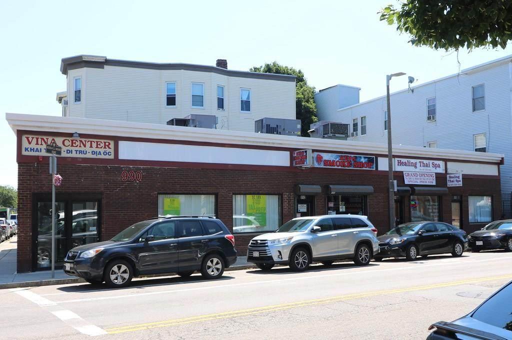 990 Dorchester Ave - Photo 1