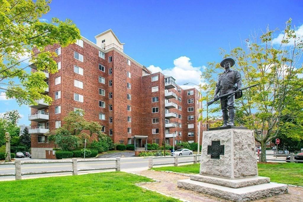 14 Concord Avenue - Photo 1