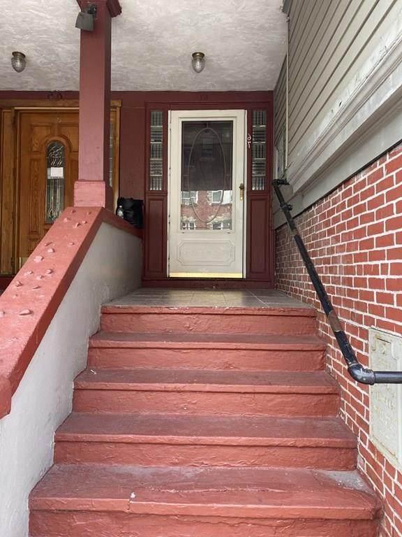 67 Chelsea Street - Photo 1