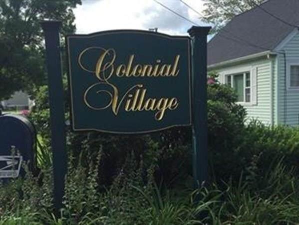 4 Colonial Village Dr - Photo 1