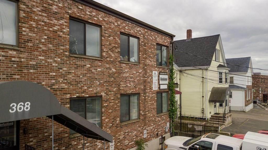 368 Hillside Ave - Photo 1