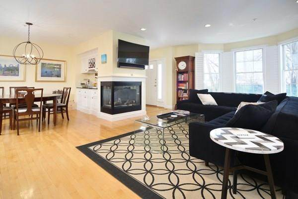 239 Victory Rd #239, Quincy, MA 02171 (MLS #72720397) :: Kinlin Grover Real Estate