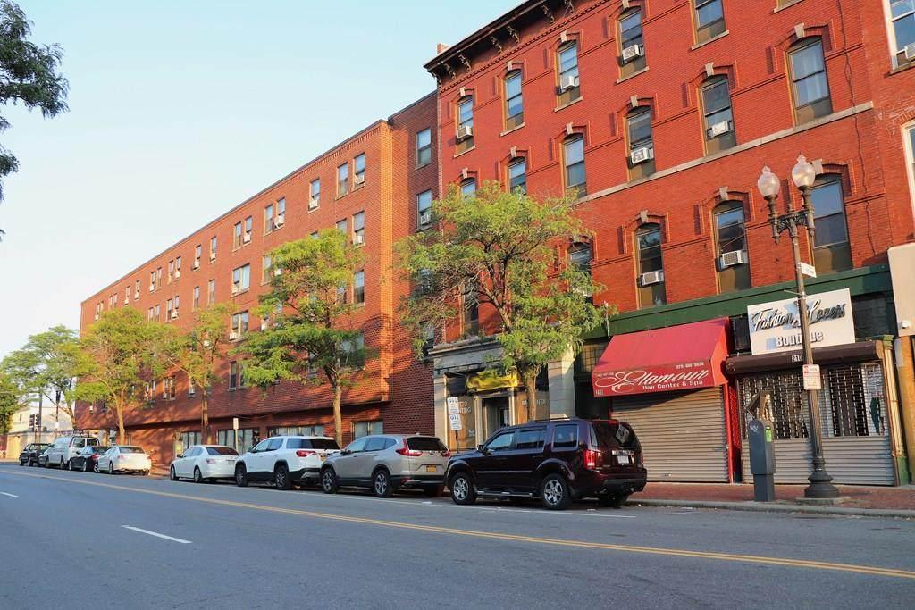 208 Essex Street - Photo 1