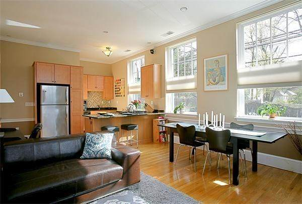 245 Beacon Street - Photo 1