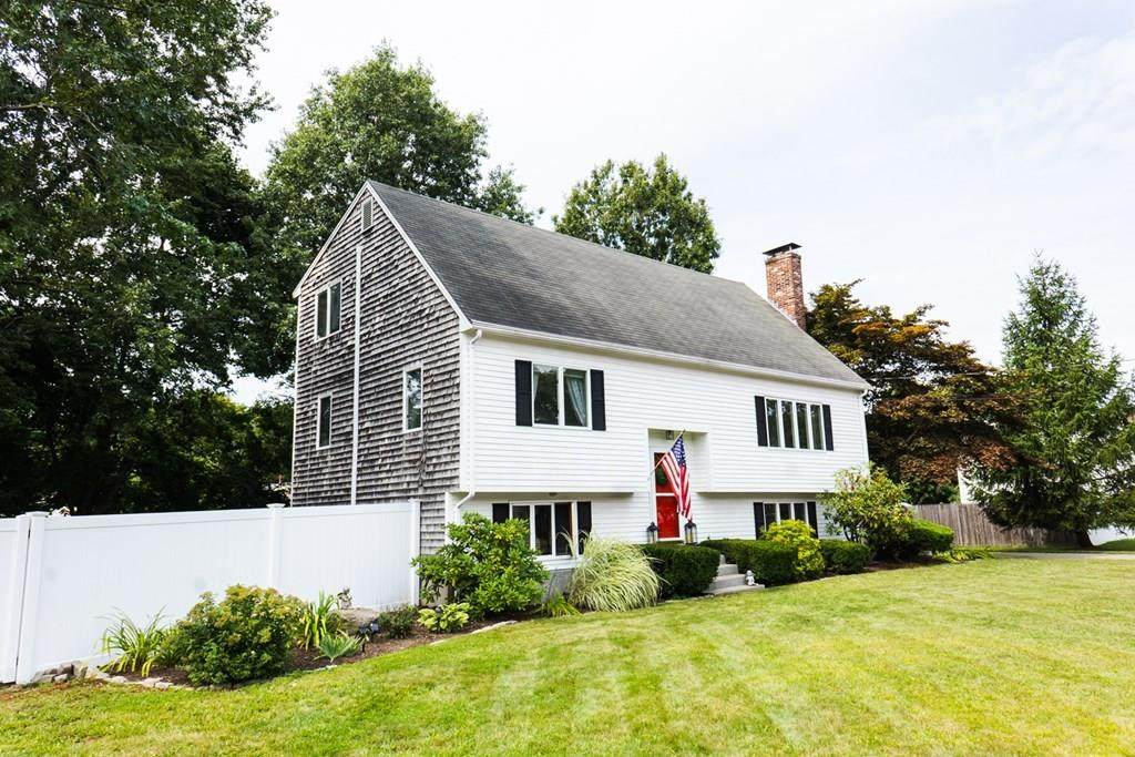 34 Bayberry Rd - Photo 1