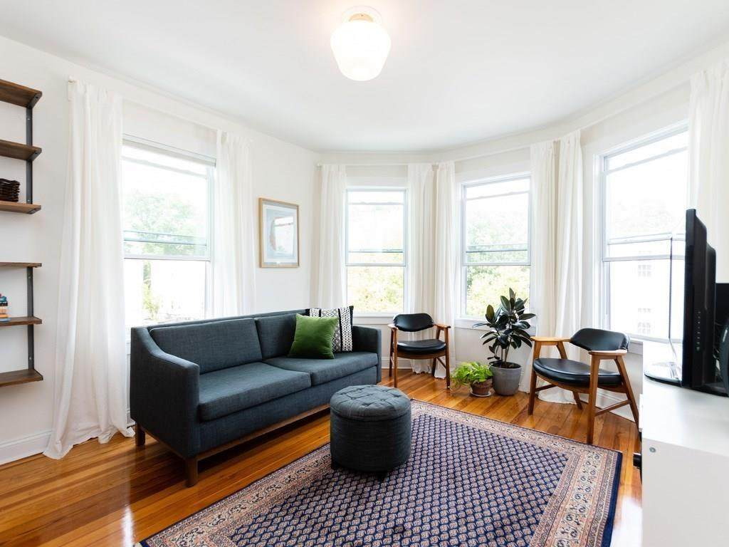 14 Torrey St - Photo 1