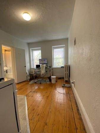 19 South Russell (No Fee) - Photo 1