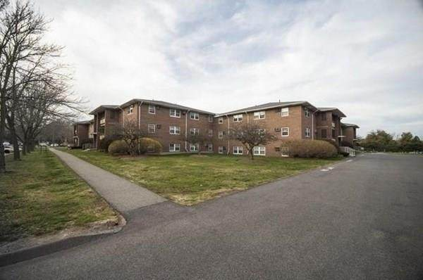217 Rock Street H8, Norwood, MA 02062 (MLS #72728804) :: Trust Realty One